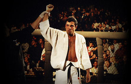 Royce-gracie-ufc-1-champion_medium