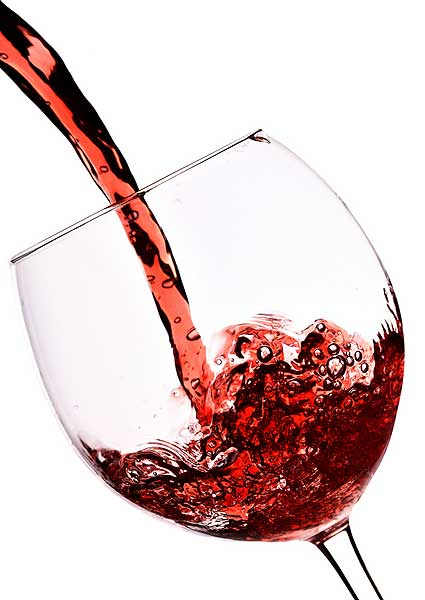 Ss-27601765-pouringwine_medium