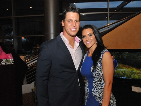 Matt-schaubs-foundation-dinner-april-2013-brian-cushing-megan-cushing_084650_medium