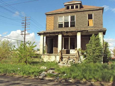 800px-abandonedhousedelray_medium