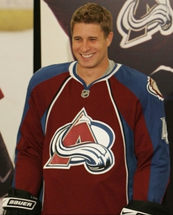 Avalanche_rbk_edge_jersey_medium