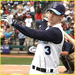 Justin-timberlake-baseball-player_medium