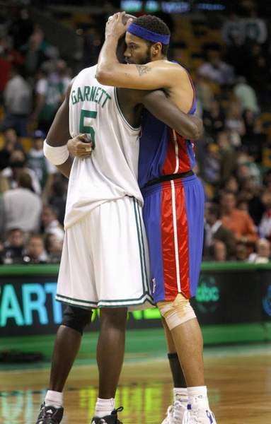 Rasheed_wallace_kevin_garnett_medium