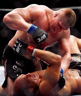 081115-lesnar-vlg-10p