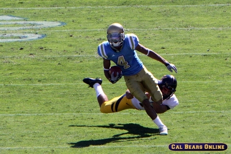 Cal_bears_defense_101709_0282_medium