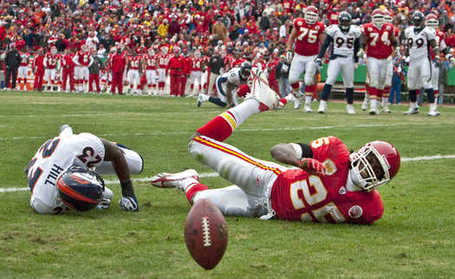 Chiefsbroncos0854_sp_12-6-09_jfs