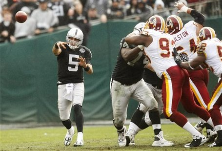 57503_redskins_raiders_football_medium