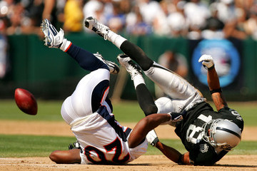 Denver_broncos_v_oakland_raiders_oge6wkcogdvm_medium