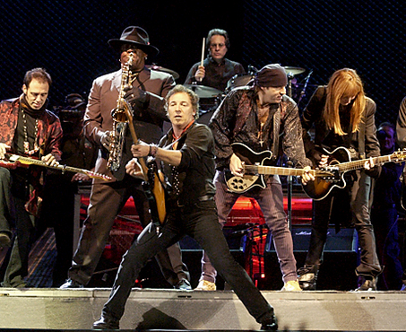 Bruce-springsteen-and-the-e-street-band_medium