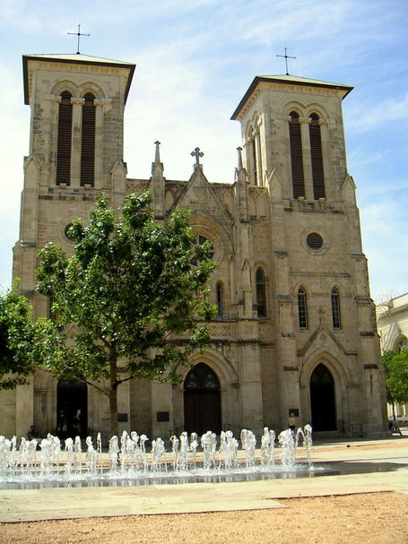Cathedral-de-san-fernando_medium