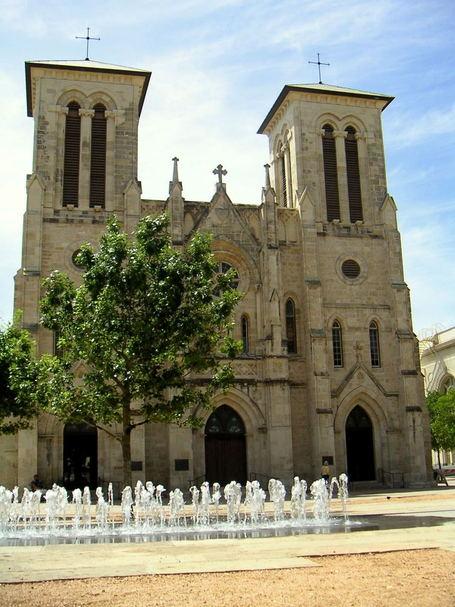 Cathedral-de-san-fernando_medium