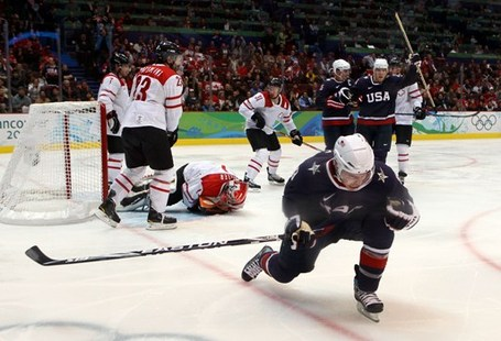 United-states-zach-parise-2-goals-beats-switzerland_medium