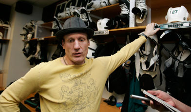 Roenick-jeremy-392-080506ap_medium