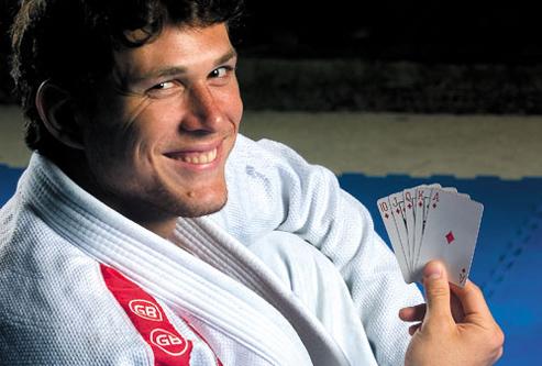UFC Calls Up Roger Gracie