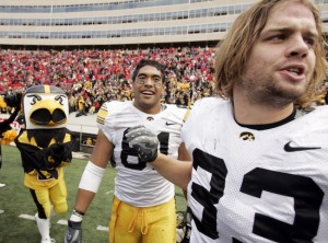 4985717-las-iowa-wisconsin-football-10_17_2009-15