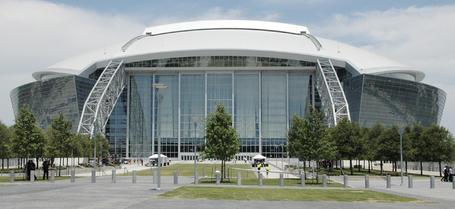 New_cowboys_stadium_09_medium