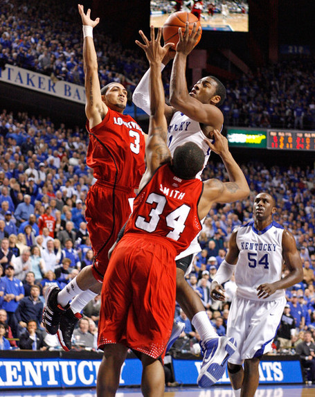 Louisville_v_kentucky_qryizl5ejm1l_medium