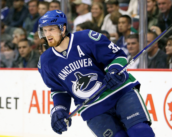 henrik 20sedin 20  20bob 20frid 20icon 20smi Hat Trick: Henrik defends late breakout pass. Also, why the Sedins were on the ice late