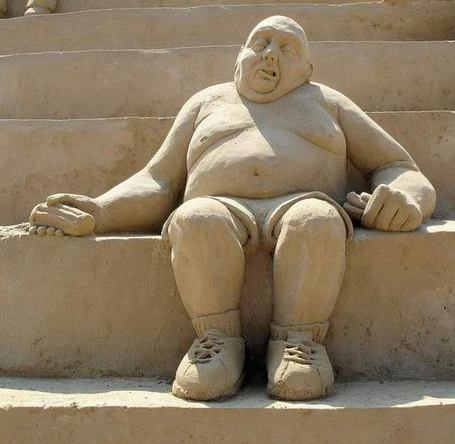 Fat_man_sitting_medium