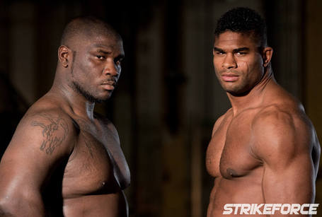 010_rogers_overeem_faceoff_medium