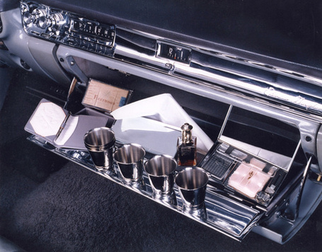 500x_1957_cadillac_eldorado_drinks_01_medium