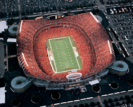 Kansas_city_chiefs_arrowhead_stadium-9178_medium