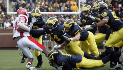 Michigan-vs-delaware-state-8d45efc70a57218c_large_medium