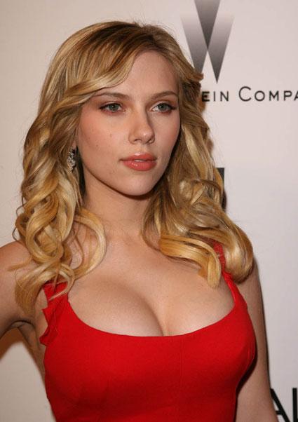Scarlett-johansson-engaged_medium