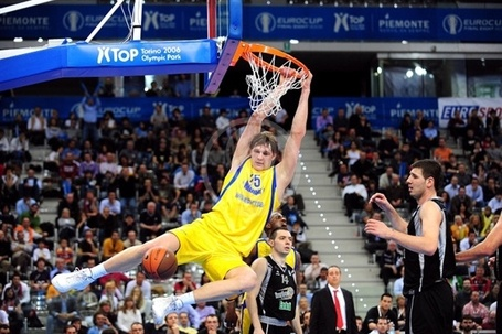 Timofey-mozgov-bc-khimki-final-eight-turin-2009_medium