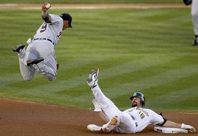 Funny-baseball-pictures-01_medium