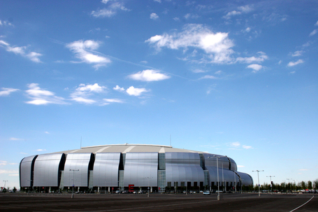 University_of_phoenix_stadium_in_glendale_arizona_from_flickr_217796482_medium