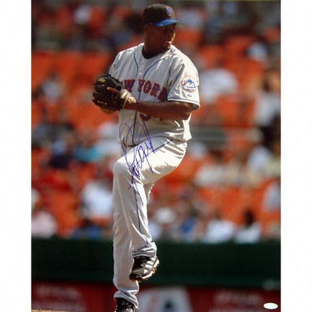 Jorge-julio-mets-pitching-vertical-autographed-photo-3357151_medium