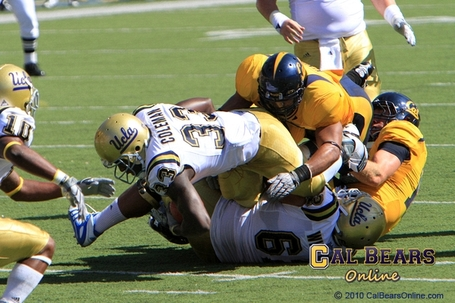 Cal_bears_football_101009_0427_medium
