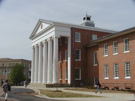 800px-olemisslyceum_medium