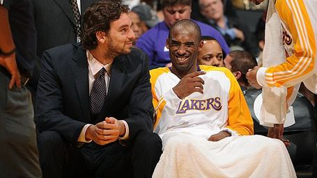 Nba_g_kobe_gasol1_576_medium