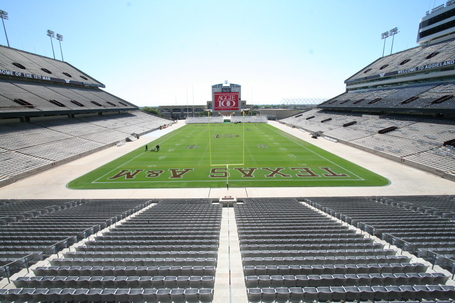 Kyle_field-empty_2006_medium