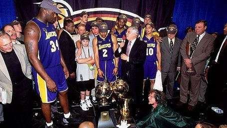 La_g_lakers2001_576_medium