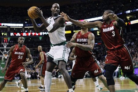 77093_heat_celtics_basketball_medium