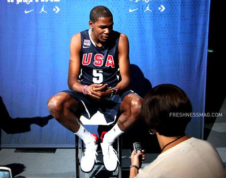 Nike-basketball-usa-hyper-elite-unifrom-kevin-durant-02_medium