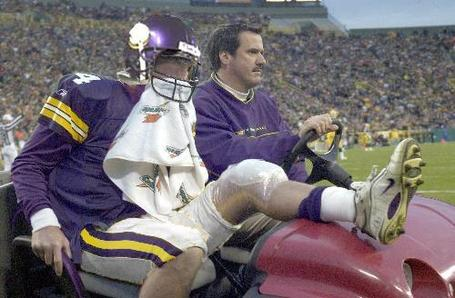 Brett-favre-injured_medium