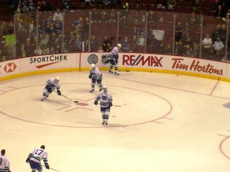 Canucksgame054_medium