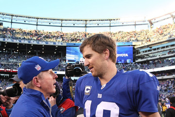 Eli_manning_tom_coughlin_ky0iyzogevvm_medium