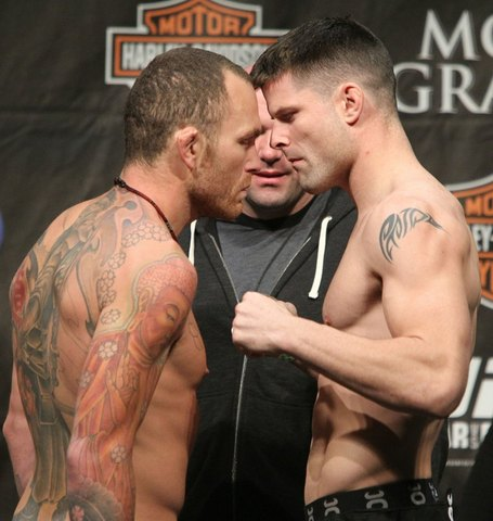 52_ufc125_weigh-in_medium