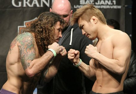38_ufc125_weigh-in_medium