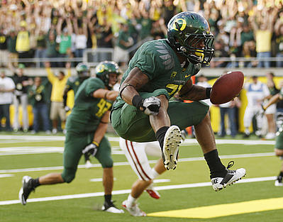 Correction_stanford_oregon_football_400_medium