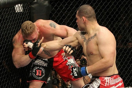 10_24_2010_ufc121_11_velasquez_vs_lesnar_002_medium