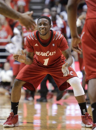 56220_louisville_cincinnati_basketball_medium
