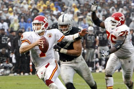 110710-raidersvschiefs11--nfl_medium_540_360_medium