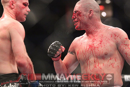 Sanchez-v-kampmann-ufcv3-6794_medium