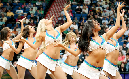 Gal_cheerleaders_minnesota-timberwolves-dance-team_medium